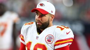 082015-nfl-kansas-city-chiefs-2-pi-ssm-vadapt-620-high-44