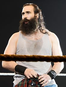 220px-luke_harper_april_2015