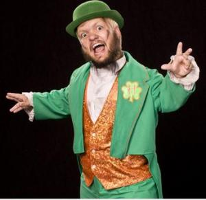 wwe-superstar-hornswoggle-21