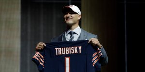 john-fox-reportedly-learned-about-the-bears-plan-to-trade-up-for-mitchell-trubisky-a-couple-hours-before-and-the-entire-ordeal-looks-increasingly-messy