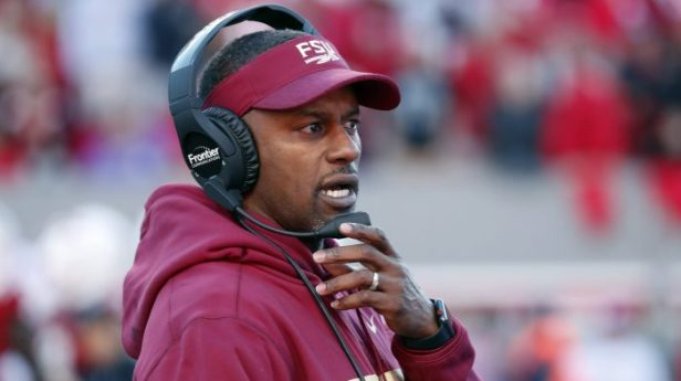 willie_taggart-e1543459774901